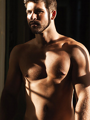 Ashton Summers Bottoms For Jonah Fontana - Gay porn pics at GayStick.com