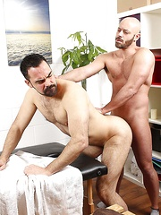 Ass Attention - Gay porn pics at Gaystick